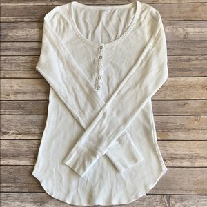 Old Navy White Thermal size M